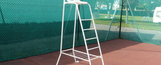 Chaise d'arbitre standard avec repose sac