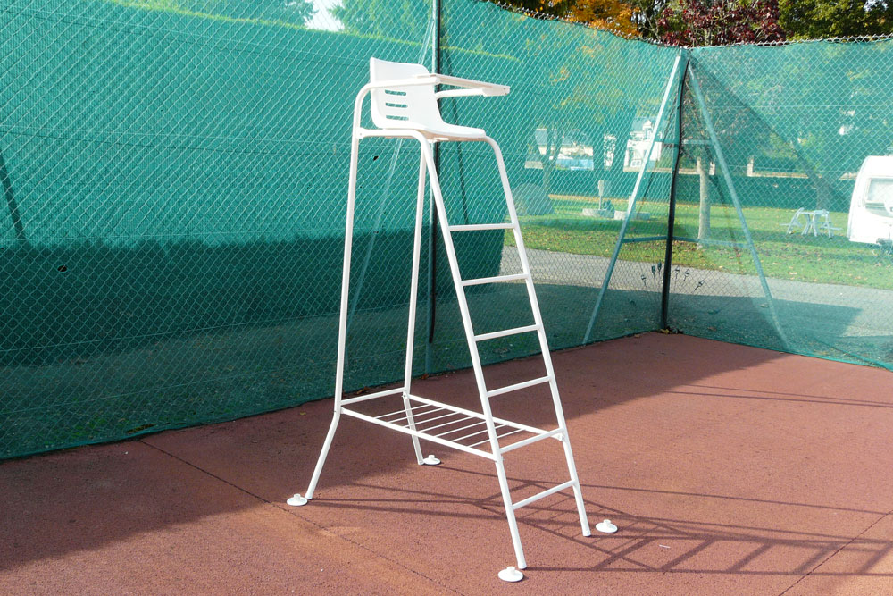 Chaise arbitre tennis avec repose sac rv sports for Chaise arbitre tennis occasion